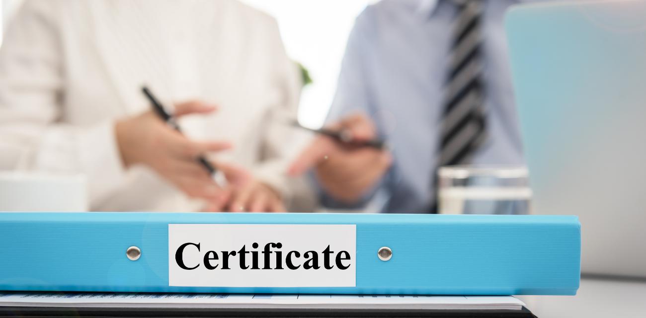 Dowiedz się, w jakim celu opłaca się posiadać certyfikat kompetencji zawodowych